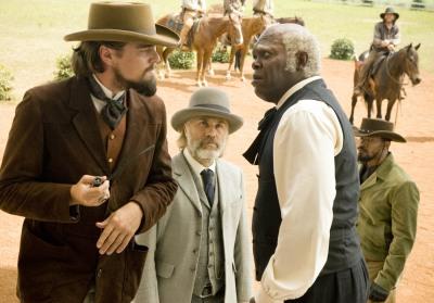 Django Unchained - DiCaprio als eleganter Plantagenbesitzer, Waltz als bärtiger Kopfgeldjäger, Jackson in Domestikenuniform, Foxx als cooler Racheengel