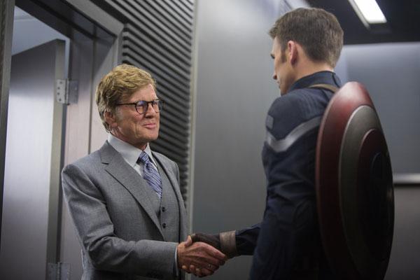 The Return of the First Avenger. Alexander Pierce und Captain America