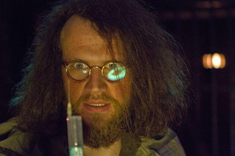 Bei breakout cologne treibt der verrückte professor rumpeltin sein unwesen: Ein irre blickender Mann mit Bart und wilder Haarmähne.